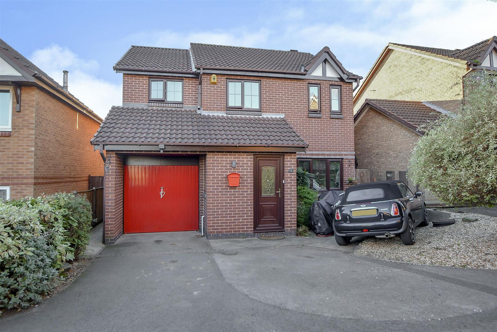 4 Bedrooms Detached House for sale in Lichfield Close, Toton